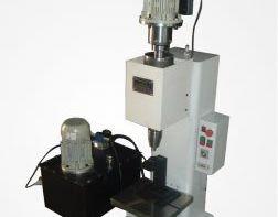 دستگاه پرچ مالشی-مداری هیدرولیک