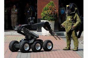 ربات انتقال دهنده اجسام مشکوک