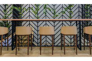صندلی های مناسب کانتر در نمایشگاه مجازی مبلمان